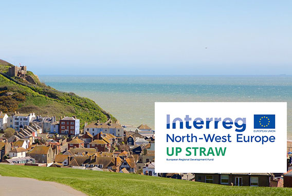 Photo vue panoramique de la ville de Hastings pour la rencontre du groupe Up Straw.